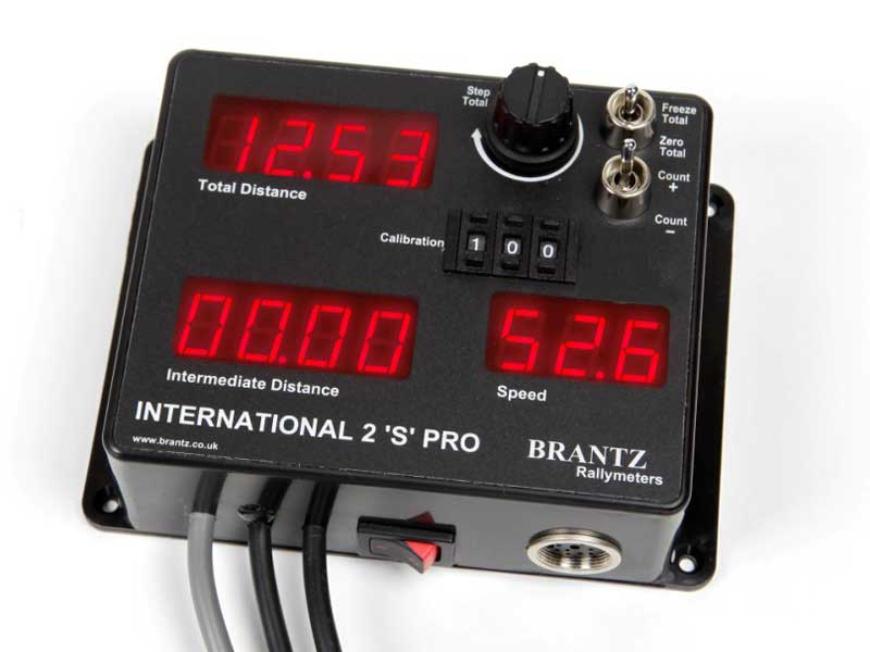 Brantz Rallymeters international-2-speed-driver-display-connection-socket-br8-dd